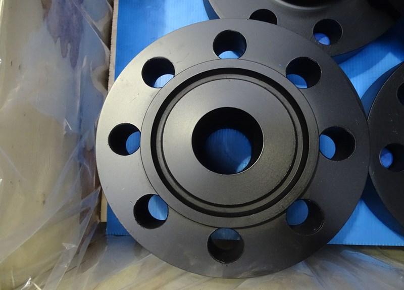 Carbon-steel-flange